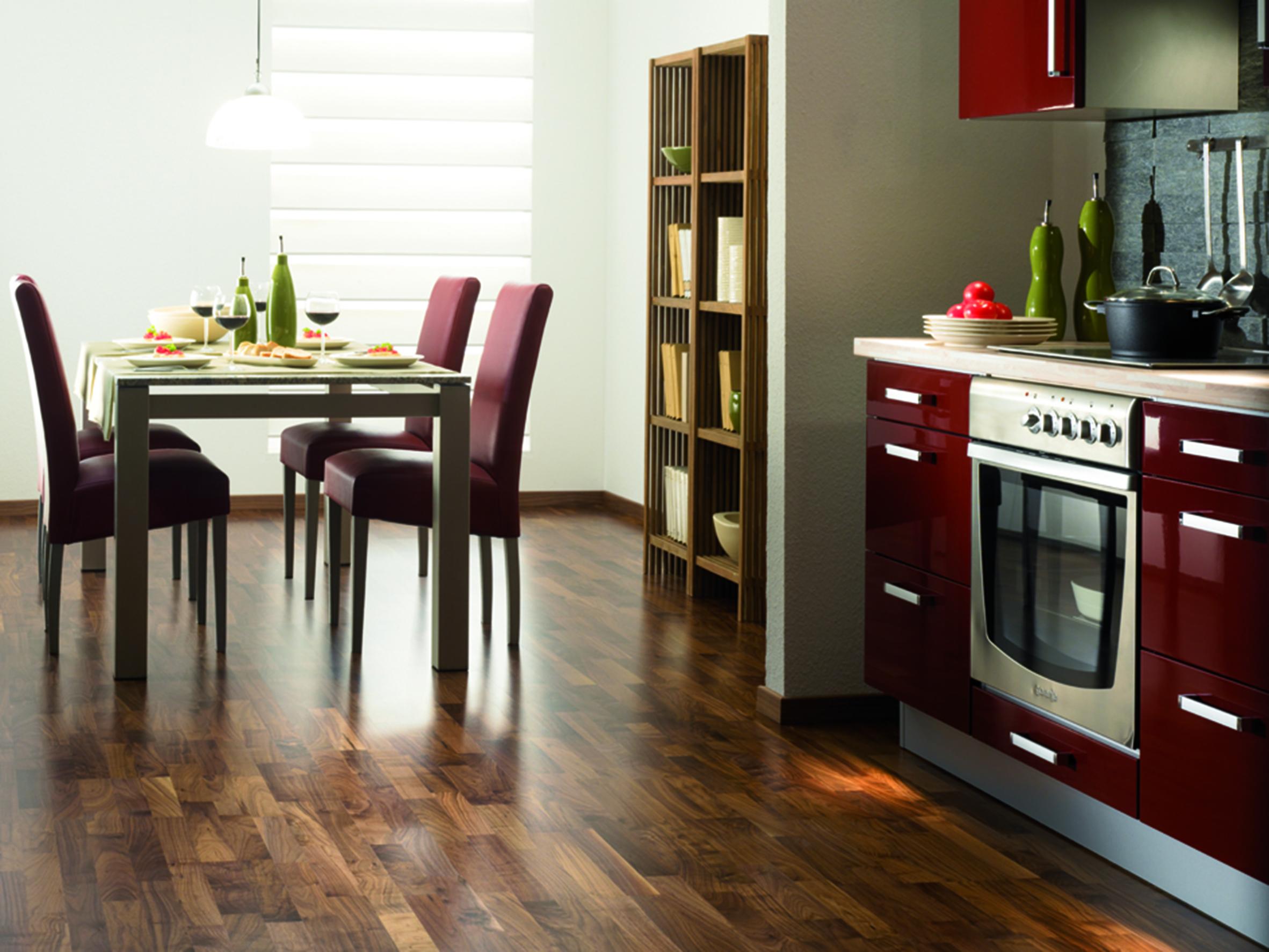 nussbaum parkett g nstig sicher kaufen. Black Bedroom Furniture Sets. Home Design Ideas