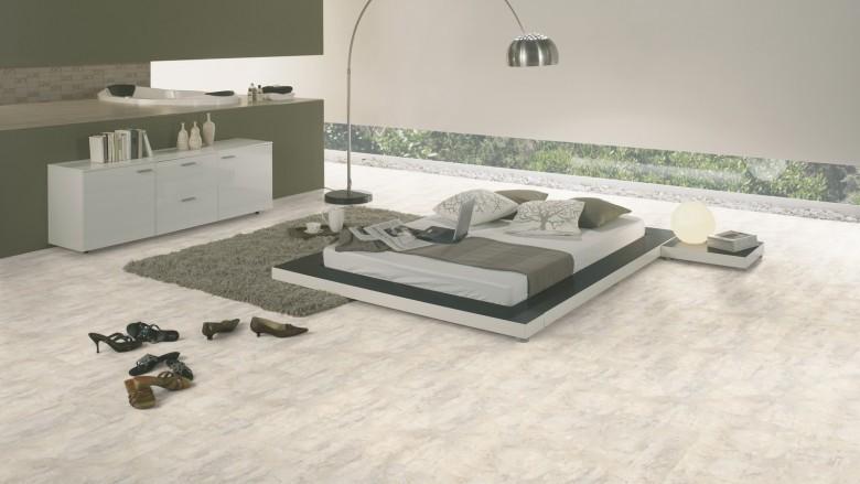 Wineo-400-stone-Magic-Stone-Cloudy-DB00136-Room-Up-Raum.jpg