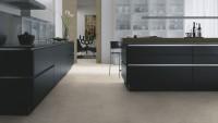 Vorschau: Wineo-400-stone-Patience-Concrete-Pure-DB00139-Room-Up-Raum.jpg