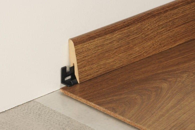 Laminat-Sockel Tarkett Typ B (3,56€/lfm)