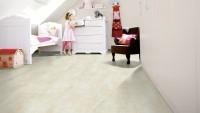 Vorschau: Wineo-400-Harmony-Stone-Sandy-DB00134-Room-Up-Raum-2.jpg