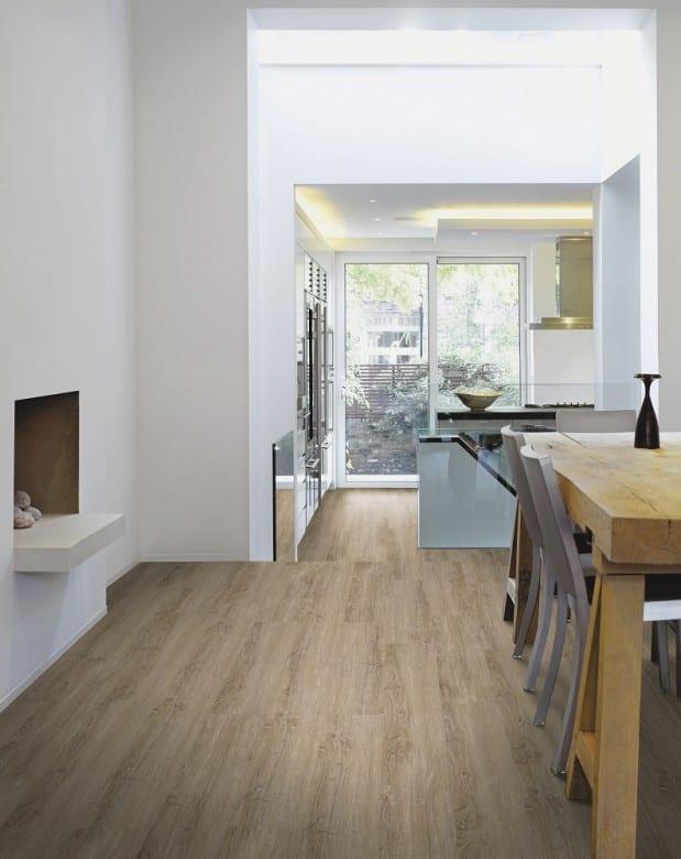 wicanders vinyl laminat vinylcomfort eiche gekalkt. Black Bedroom Furniture Sets. Home Design Ideas